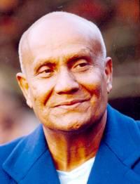 Индийский гуру Шри Чинмой