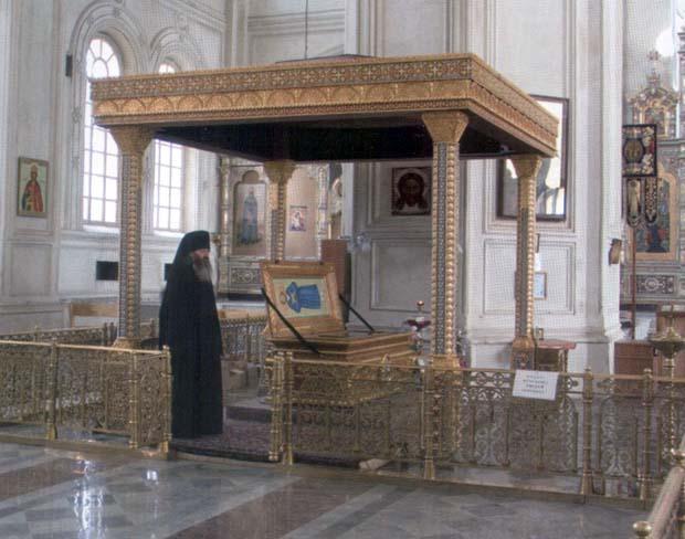 25 сентября 1992 года мощи праведного Симеона Верхотурского перенесли в Верохотурский Николаевский монастырь, во вновь освящённый Крестовоздвиженский собор