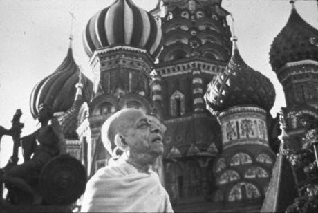 """Его """"Божественная Милость"""" Шри Шримад Свами Бхактиведанта Шрила Прабхупада в Москве"""
